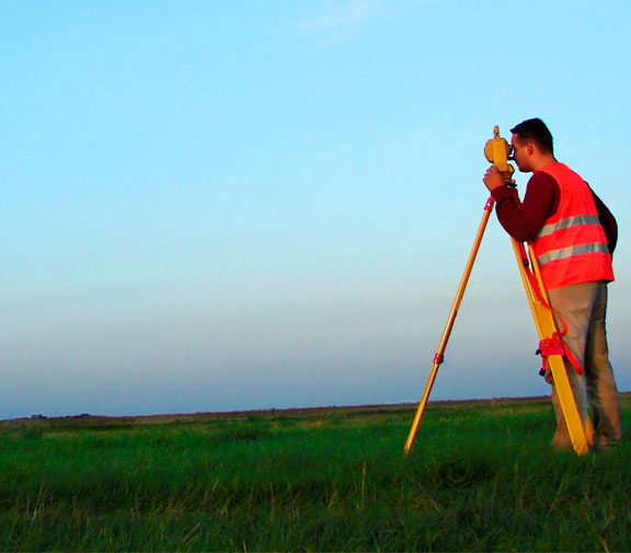Land Surveyor - Complete Survey Solutions